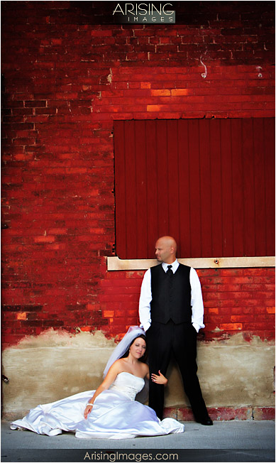 Urban wedding photography in Detroit, MI