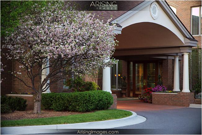 Pine Lake Country Club entranceway