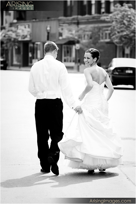 creative wedding photos in mi