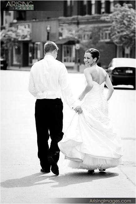 creative wedding photos in mi