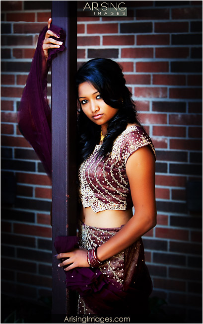 senior photos with wearing traditional cultural outfits