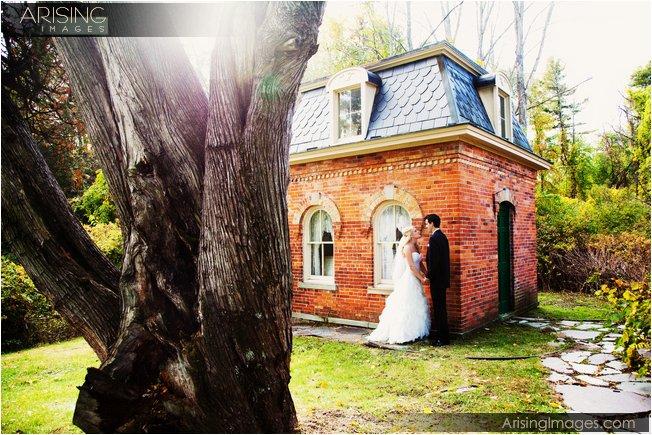 addison oaks pump house for wedding photos
