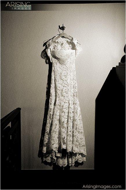 Monique Lhullier dress MI
