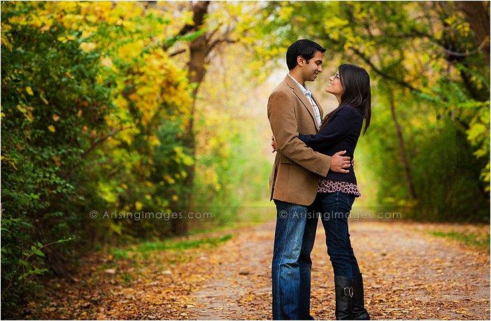 beautiful fall engagement photography mi