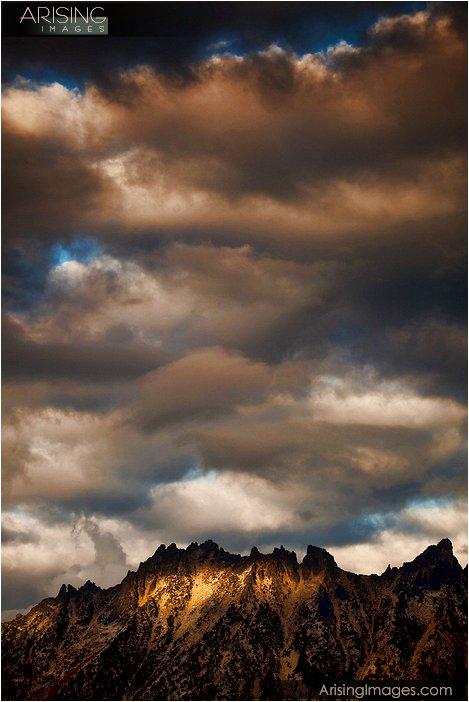 dramatic sunset at washington pass near the north cascades national park