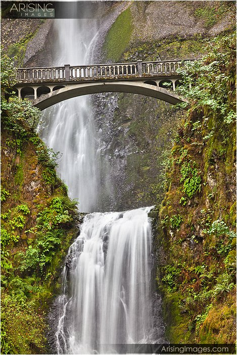 Multnomah Falls in northern Oregon