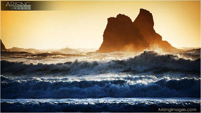 crashing waves at second beach on the olympic peninsula in washington