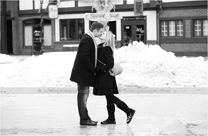 outdoor engagement pics in michigan in winter
