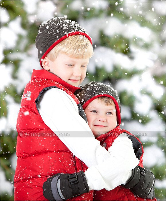 photographer in michigan that does snow photos of kids