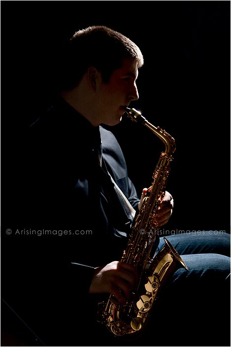 senior photos with musical instruments in michigan