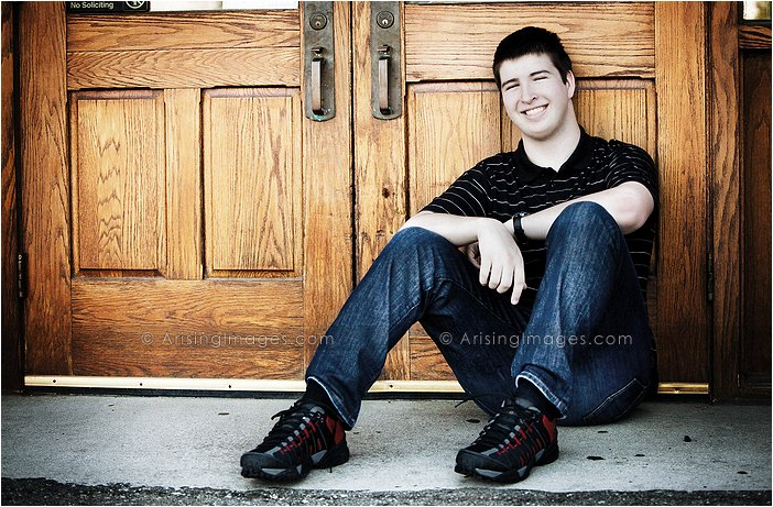 best senior pics for troy, michigan students