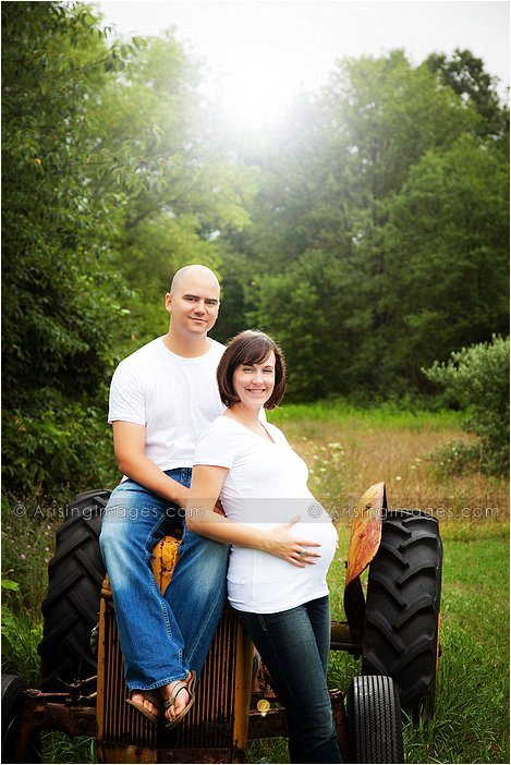 creative maternity photos in michigan