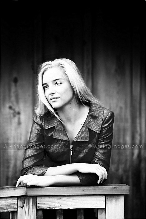 detroit's finest senior photographer
