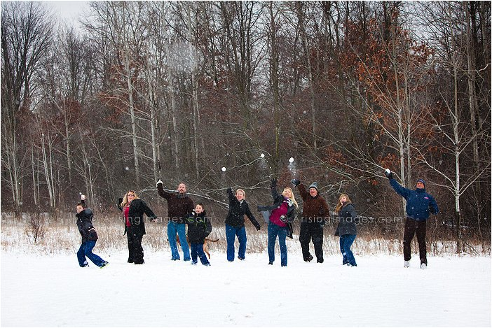 best michigan photographer for winter family shoots