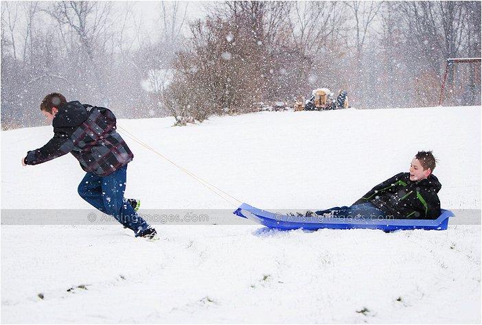 fun winter family photography in michigan