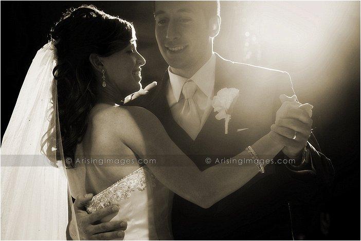 sweet wedding photography at italian american club, Mi