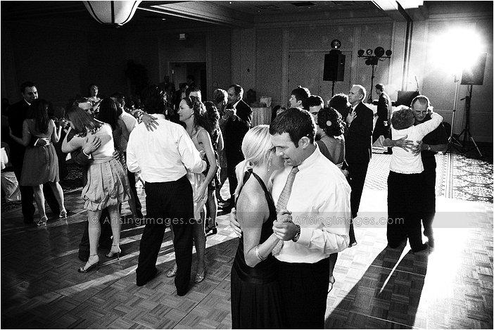 MET hotel troy, Mi wedding dance floor photography