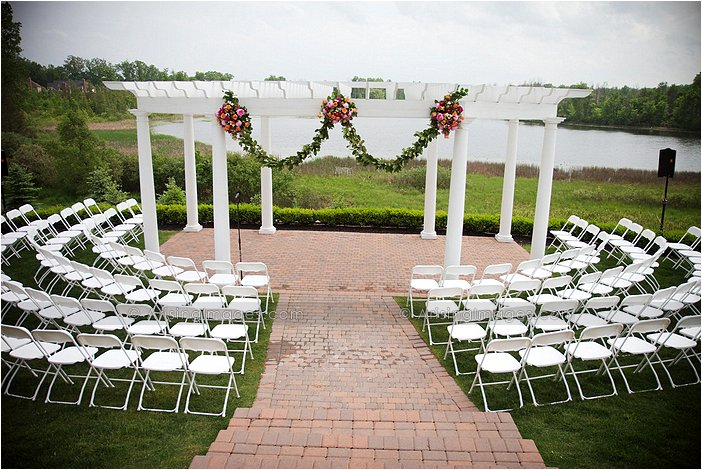Outdoor Michigan Wedding Ceremony At Beacon Hill Golf Course