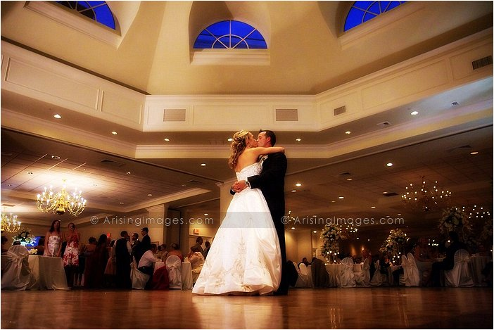 Exquisite wedding photography at cherry creek golf, michigan