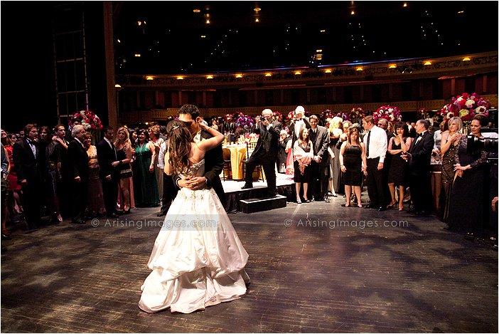 Exquisite Wedding Photography At Detroit Opera House Mi
