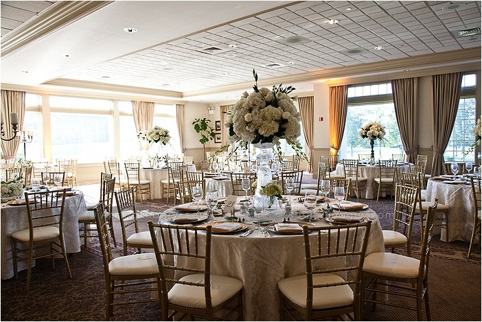 knollwood country club fantastic indoor wedding reception photography