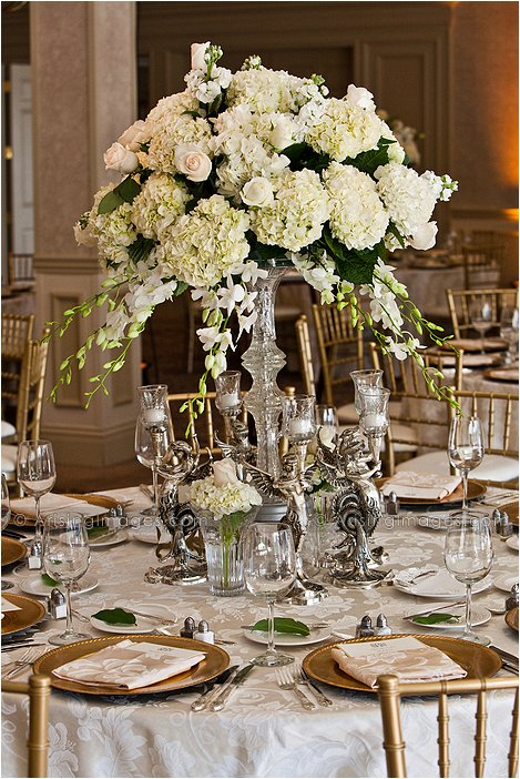 gorgeous decorations for indoor michigan wedding reception
