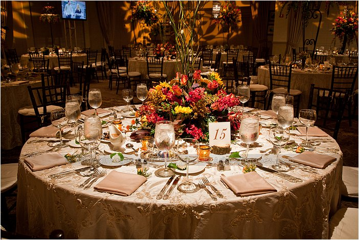 indoor michigan wedding reception photography
