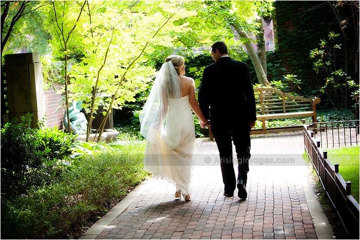 garden wedding photography in downtown ann arbor, MI