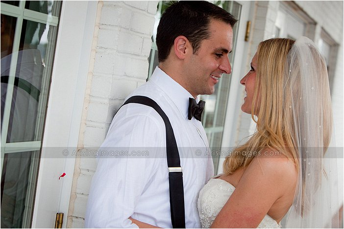 beautiful outdoor wedding photography at orchard lake country club