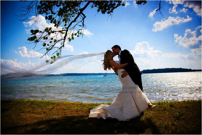 breath-taking outdoor michigan wedding photography at orchard lake country club