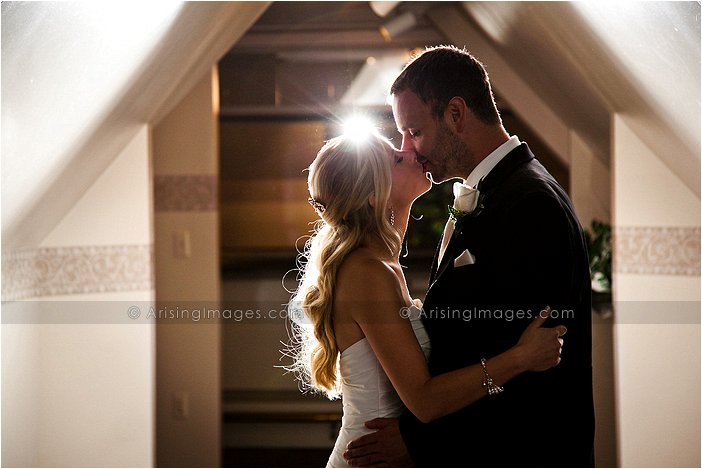 intimate wedding photography at pine knob mansion