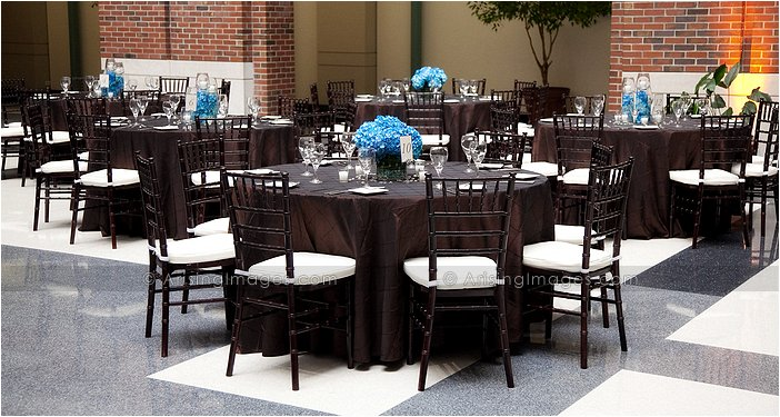 Your Indoor Michigan Wedding Reception Will Be Blast With The Large Dance Floor Underneath Gl Enclosed Sky