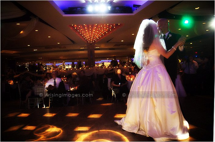 first dance photography at michigan roostertail in detroit
