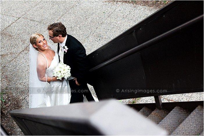 terrific detroit wedding photographer