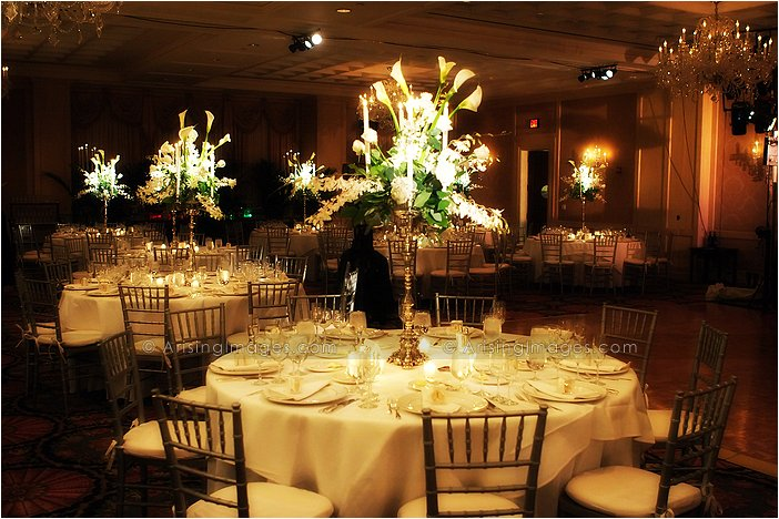 romantic indoor michigan wedding reception at townsend hotel