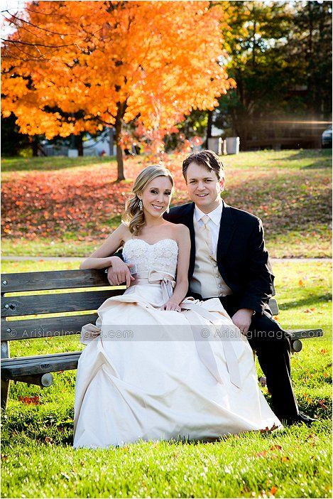 fall wedding photography in downtown rochester, Mi