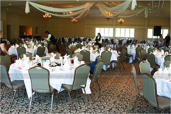 sweet indoor michigan wedding reception at twin lakes golf course