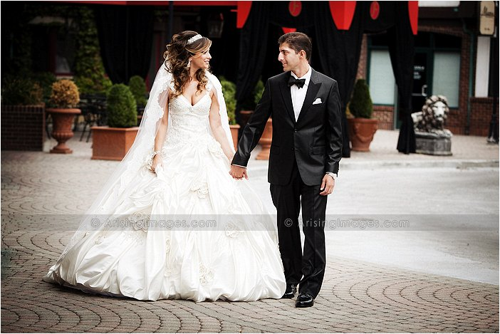 bride and groom photography in downtown rochester, mi