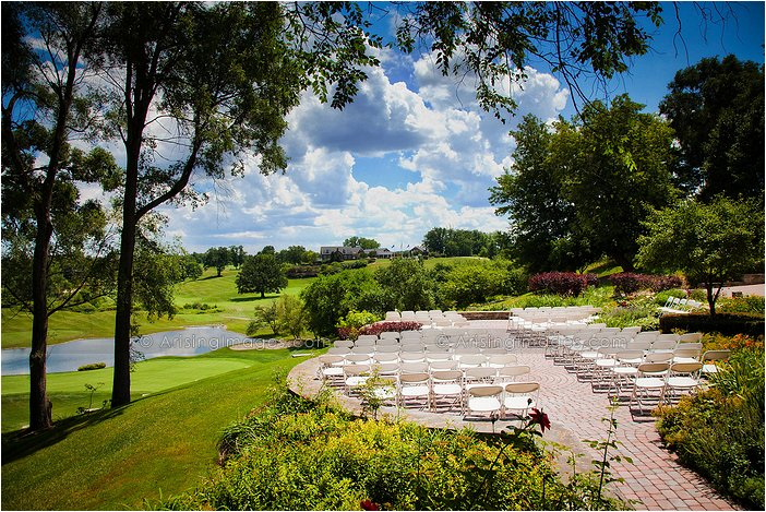 outdoor michigan wedding ceremony photography at wyndgate country club