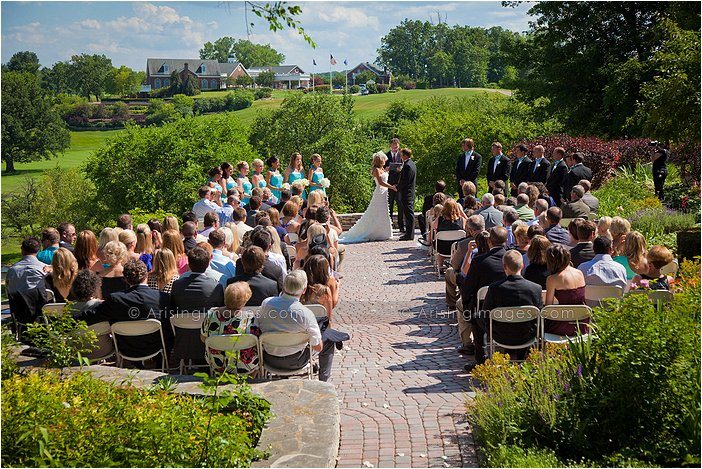 wyndgate country club outdoor michigan wedding ceremony photography