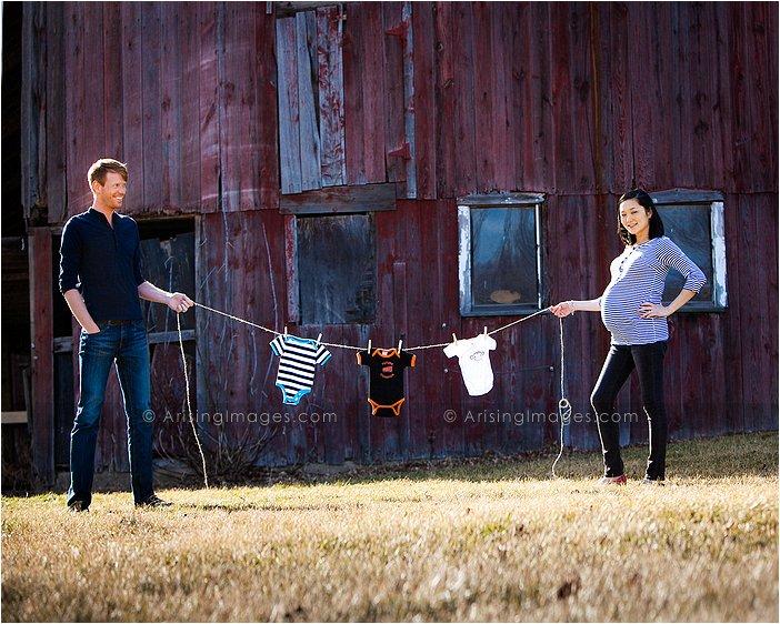 detroit's best maternity photographer