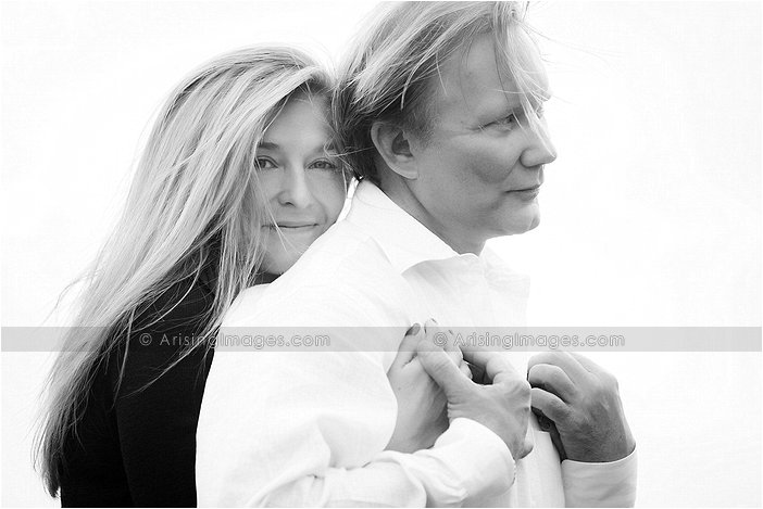 awesome engagement pictures in oakland county michigan
