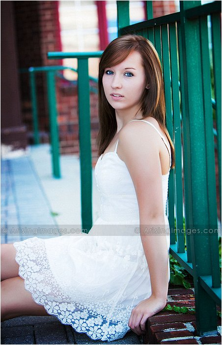 creative senior pictures in downtown rochester, mi