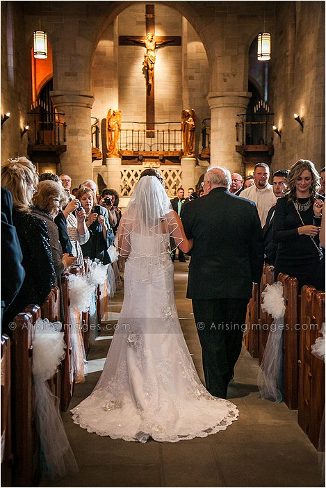 wedding photography at st. hugo chapel in bloomfield hills, mi