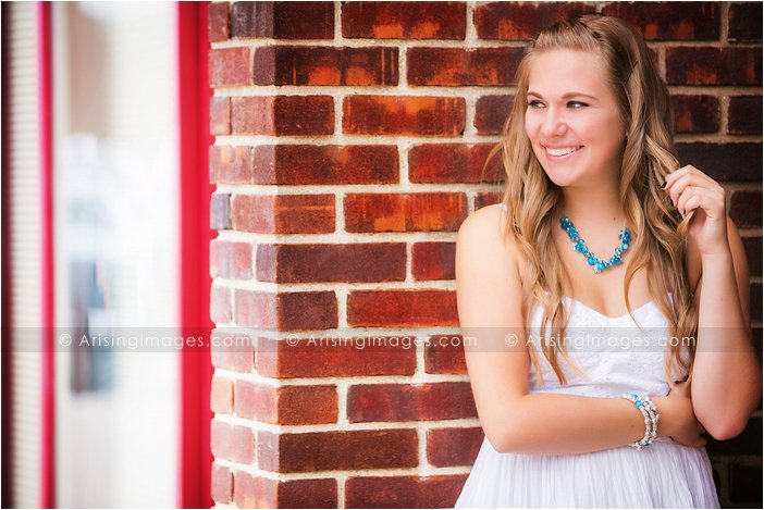 unique senior pictures in rochester michigan