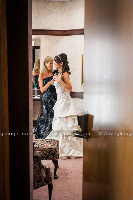 creative wedding photography in michigan