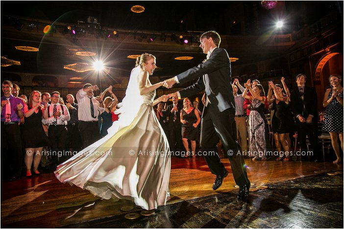 awesome wedding photography at the fillmore detroit