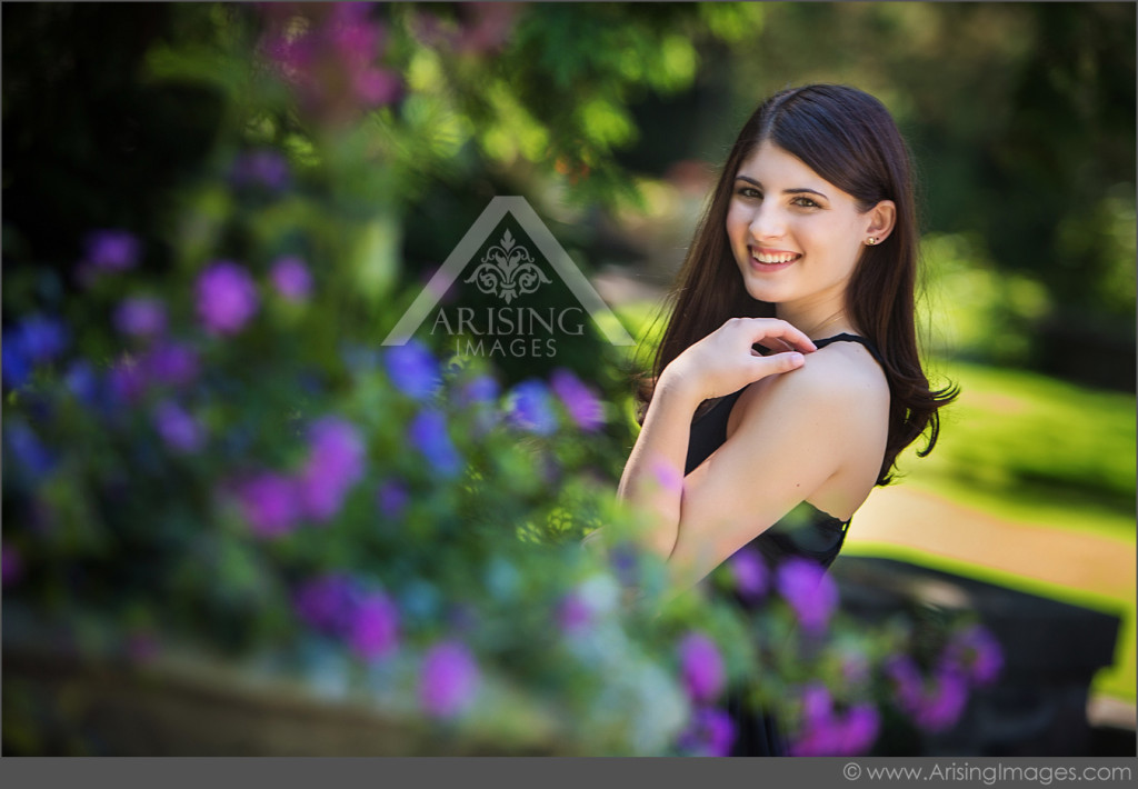 senior pictures in garden