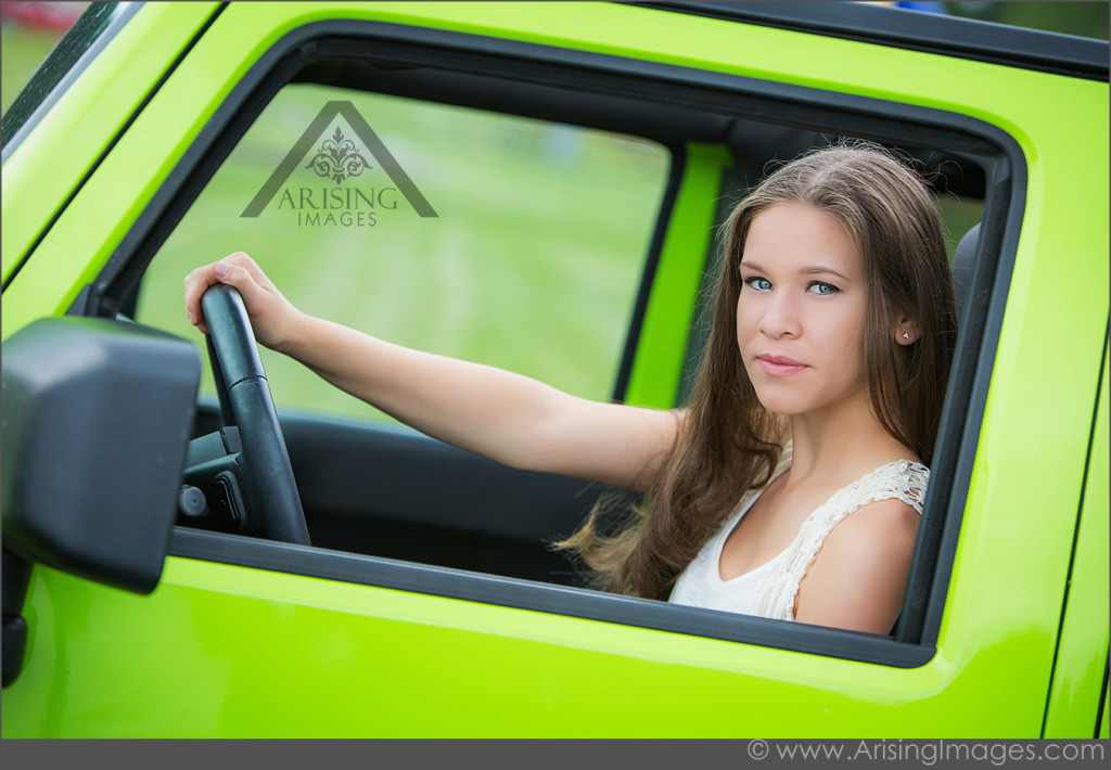 Cool Senior Pictures in Michigan with Annalisa