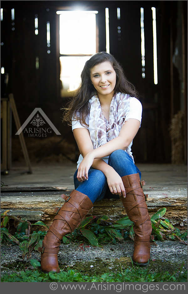 Barn senior photos